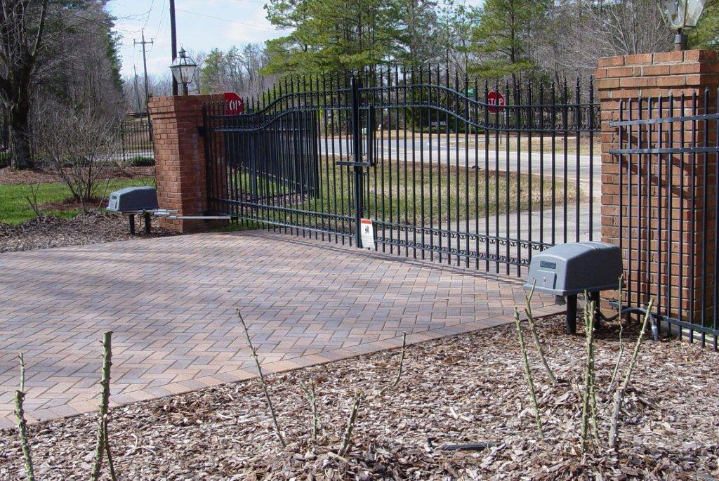 secure-access-services-residential-double-gates-doorking-6100-gate-operators