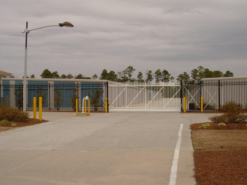 secure-access-services-self-storage-sliding-gate